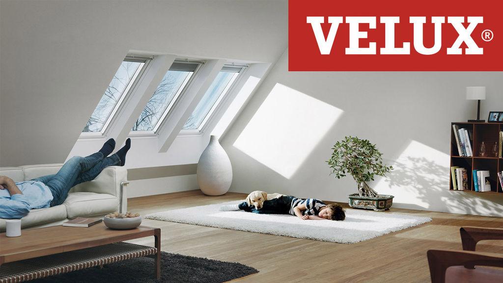FAKRO Billenő tetőtéri ablak